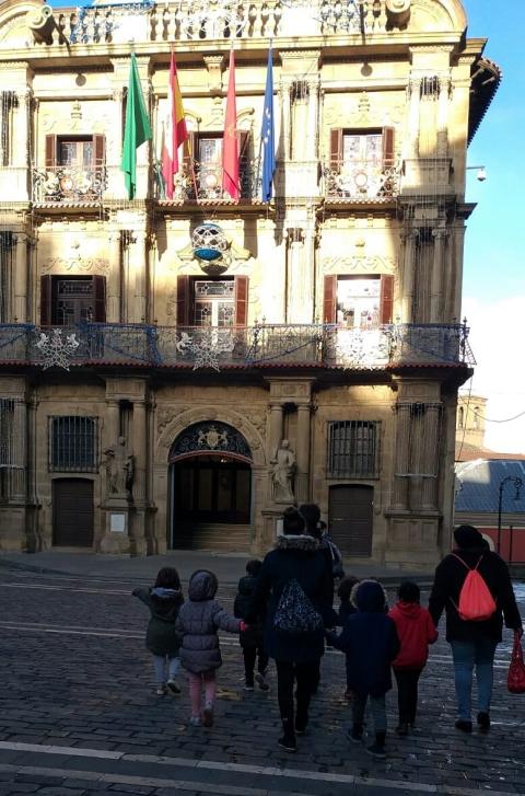 delante del ayuntamiento